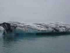 Jkulsrln, glacial lagoon, Iceland (URLgoeshere) Tags: trip blue white snow black ice beautiful mouth boat melting ride floating glacier formation dirt stunning seals icy jokulsarlon jkulsrln ringroad eroding vatnajkull hfn glaciallagoon iceformations glaciallakes