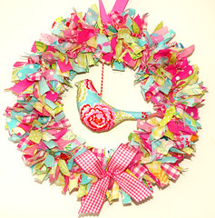 Fabric wreath ................... For a PDF pattern please see my Profile (Holland Fabric House) Tags: bird floral decoration wreath ornament fabric wallhanging hollandfabrichouse