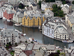#0325 lesund (Fjordblick) Tags: city houses house norway norge cityscape north skandinavien norwegen haus artnouveau stadt nordic soe lesund jugendstil huser norsk alesund mreogromsdal skandinavia frameit platinumheartaward dblringexcellence tplringexcellence ruby10 aboveandbeyondlevel4 ruby5 ruby15 flickrstruereflection1 flickrstruereflection2 flickrstruereflection3 flickrstruereflection4 flickrstruereflection5 flickrstruereflection6 flickrstruereflection7 flickrstruereflectionexcellence trueexcellence1 me2youphotographylevel2 me2youphotographylevel3 me2youphotographylevel1 me2youphotographylevel4 vigilantphotographersunite vpu2 frameitlevel3 frameitlevel2 frameitlevel4 frameitlevel5 frameitlevel6