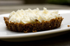 macadamia crust with mascarpone cream 2