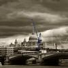 moving st. paul's (ion-bogdan dumitrescu) Tags: uk london thames river cathedral crane stpauls bitzi summer09 ibdp mg6404 findgetty ibdpro wwwibdpro ionbogdandumitrescuphotography