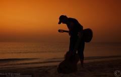 أخاف أشكيلك يابحر (MJ ♛) Tags: sunset sea brown beach water canon eos sand waves guitar guitars efs1855mm wave filter 1855mm efs orang poeple doha qatar sealine 40d mywinners flickraward cokinp