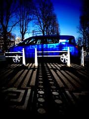 Avantime (macco) Tags: auto blue car japan automobile renault generator  nippon   3gs iphone tiltshift  matra avantime     iphonography
