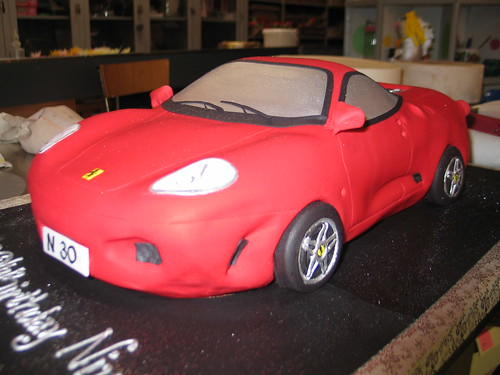 3D Ferrari shape birthday cake