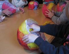 lantern making (Kleas') Tags: festival balloons tissuepaper paperlanterns lanternwalk kidcraft martinmas