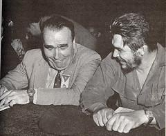 Enrique Líster xunto co Che Guevara