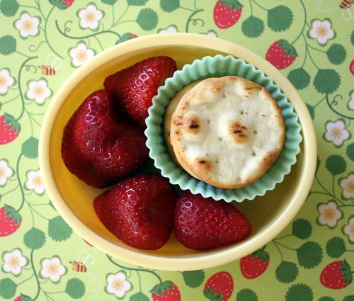 Kindergarten Snack #87: April 30, 2010