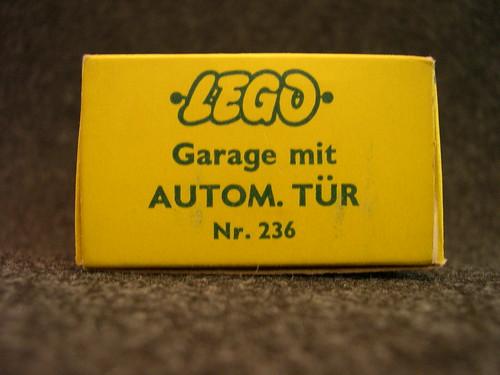 Early Lego German 236 Garage Kit (end flap)