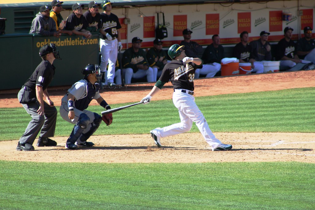 cd39da5c2 (In 2009, the A's added the black helmet to match the jersey and eliminated  the all-green road helmet. The black jerseys are ...