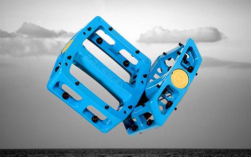 Ocean Blue Trailmix pedals