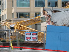 Bellevue Crane Collapse (Redbeard Math Pirate) Tags: construction crane accident collapse bellevue bellevuewa bellevuewashington tower333