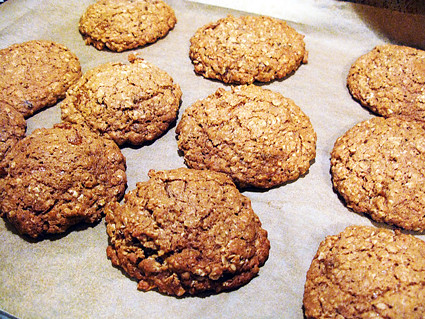 "Baked"" Oatmeal Cookies with Cardamom - Amateur Gourmet"