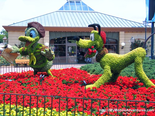 Of Mice and Mutts Disneys Flower and Garden Festival My