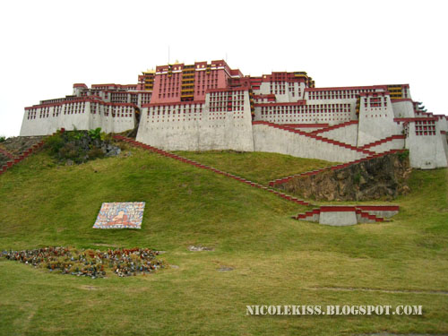 Potala Palace in Lhasa, Tibet 3