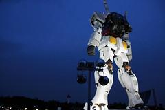 Light up (OiMax) Tags: light japan night tokyo robot machine odaiba gundam robotic rx782
