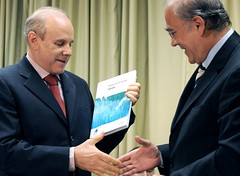 Brazilian Finance Minister Guido Mantega and OECD Secretary-General Angel Gurría, 14 July 2009