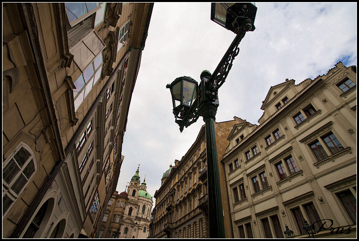 初到布拉格