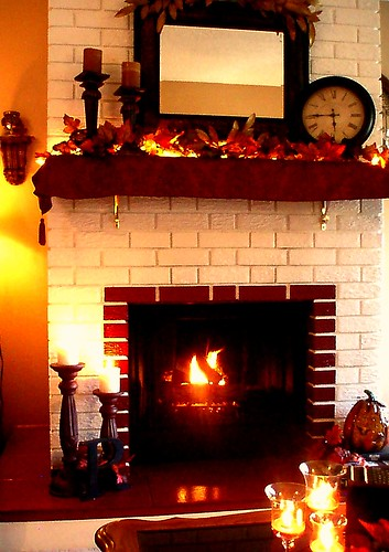 Fall Fireplace Mantel Decorating Ideas: Dining Delight: Fall Decor 2009
