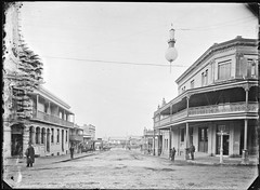 Newcomen Street, Newcastle, NSW, [28 April 1891] (Cultural Collections, University of Newcastle) Tags: newcastle australia nsw 1891 newcomenstreet ralphsnowball snowballcollection ralphsnowballcollection newcomenst asgn0769b36 newcastleregionnswhistorypictorialworks hotelsnewsouthwales photographynewsouthwalesnewcastle