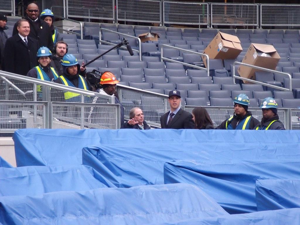 Nuevo Yankee Stadium (2009) - Página 3 3177141479_ac33fa5d76_b
