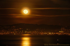 Full Moon Rise Over the Bay - San Francisco, California (Jim Patterson Photography) Tags: sanfrancisco california city travel sky moon cityscape fullmoon moonrise bayarea eastbay unexpected sfbay unplanned moonglow travelphotography inspiredbylove beneathblueseas beneathblueseascom jimpattersonphotography jimpattersonphotographycom seatosummitworkshops seatosummitworkshopscom