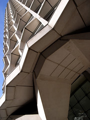 kemble street (halfbeak) Tags: windows sky white building london architecture skyscraper concrete office legs geometry modernism modular underside frame repetition highrise exoskeleton segment 20thcentury angular zigzag cabe seifert soffit kemblestreet serration halfbeak