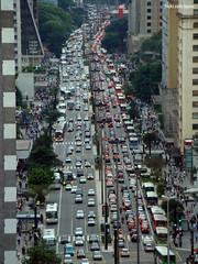 Av Paulista (Égon Camargo) Tags: city sony centro carros vista transito egon paulista predios h9 aerea congestionamento população
