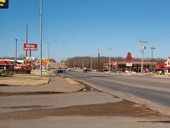 Glenpool, OK (citizenkerr) Tags: oklahoma highway mcdonalds hamburgers rons oreillys 75 qt arbys quiktrip glenpool