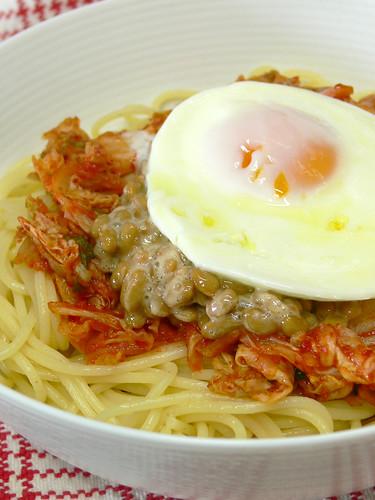 キムチ納豆スパゲティ丼