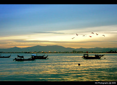 Inspiration (avenue207) Tags: ocean blue sea sky sun mountain seascape canon eos boat hill penang rise gurney 40d