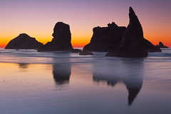 Bandon, Oregon (Jesse Estes) Tags: ocean beach oregon searchthebest seastacks sharkfin bandonoregon jesseestesphotography