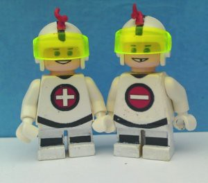 Mas y Menos (Teen Titans East animated) custom minifig
