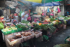 Vegetable sellers, Pasar Pulau Tikus