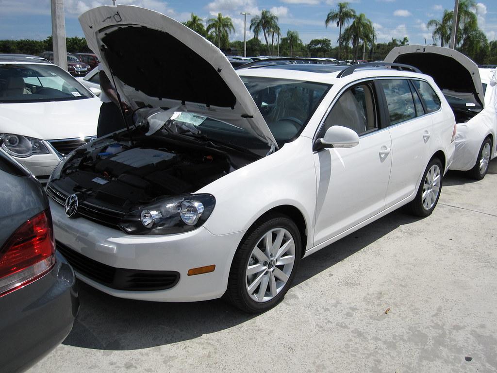 VWVortex.com - Annnnnnnnd!!!!! CREEK's got the 2010 Wagon Jetta TDI (Gunther VW of Coconut Creek FL)