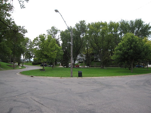 Small Park in Intersection N of Columbia Parkway