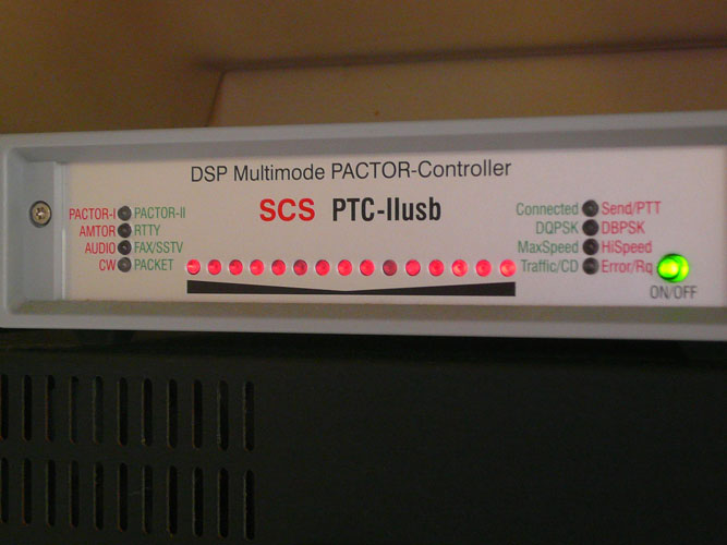 The pactor modem for checking email through the SSB radio