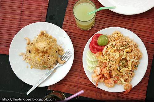 Baan Kun Pra - Food