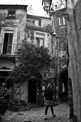 (Borderzero Studio Creativo) Tags: bw italy town italia bn bianconero lazio paese calcata bellitalia