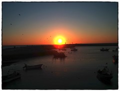 Solpor (Caqus) Tags: sunset sol portugal atardecer mar solpor aplusphoto