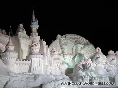 Impressive Disney sculpture