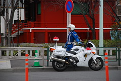 DSC_9008 (petite-tomo) Tags: people police mortorcycle  vfr800p