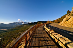 The Many Parks Curve at Rocky Mountain National Park (Fort Photo) Tags: road travel mountain mountains nature landscape rockies nationalpark nikon highway nps pass peak lane boardwalk rockymountain rockymountains rmnp curve 2009 soe 34 rockymountainnationalpark wmp blacktop d300 longs trailridge singleframe blueribbonwinner highway34 manyparkscurve nothdr tokina1116