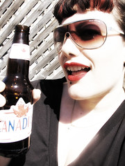 Day 041 / 365 (Giusi-gurL) Tags: beer girl sunglasses smiling fun sunny redlipstick molsoncanadian 365days