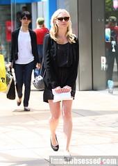 Kirsten Dunst // New Candids (kikidunst_2) Tags: sunglasses shopping paparazzi blondehair flatshoes shortblackdress tiedbehind