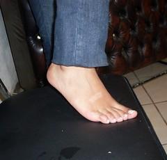 SDC11551 (Metalfeethunter) Tags: feet fetish candid flip soles flop shoeplay