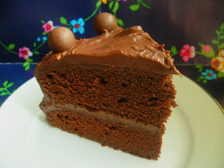 Old Fashioned Chocolate Cake 04