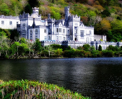 Kylemore Abbey (Colorado Sands) Tags: ireland irish castle abbey europa europe european irland monastery connemara historical residence irlanda kylemoreabbey irlande boardingschool kylemore countygalway benedictinemonastery girlsschool kylemorecastle sandraleidholdt lirlande leidholdt sandyleidholdt