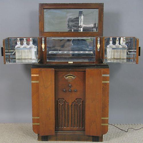 artdeco-design-radio-bar