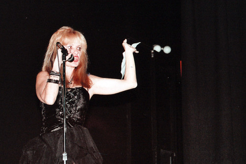 Linnea Quigley hosts Chainsaw Kiss Screening
