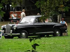 Ein mögliches Hochzeitsauto (Flugi2407) Tags: auto mercedes benz oldtimer motor verkehr schwarz ponton historisch kurpark strase badmünster